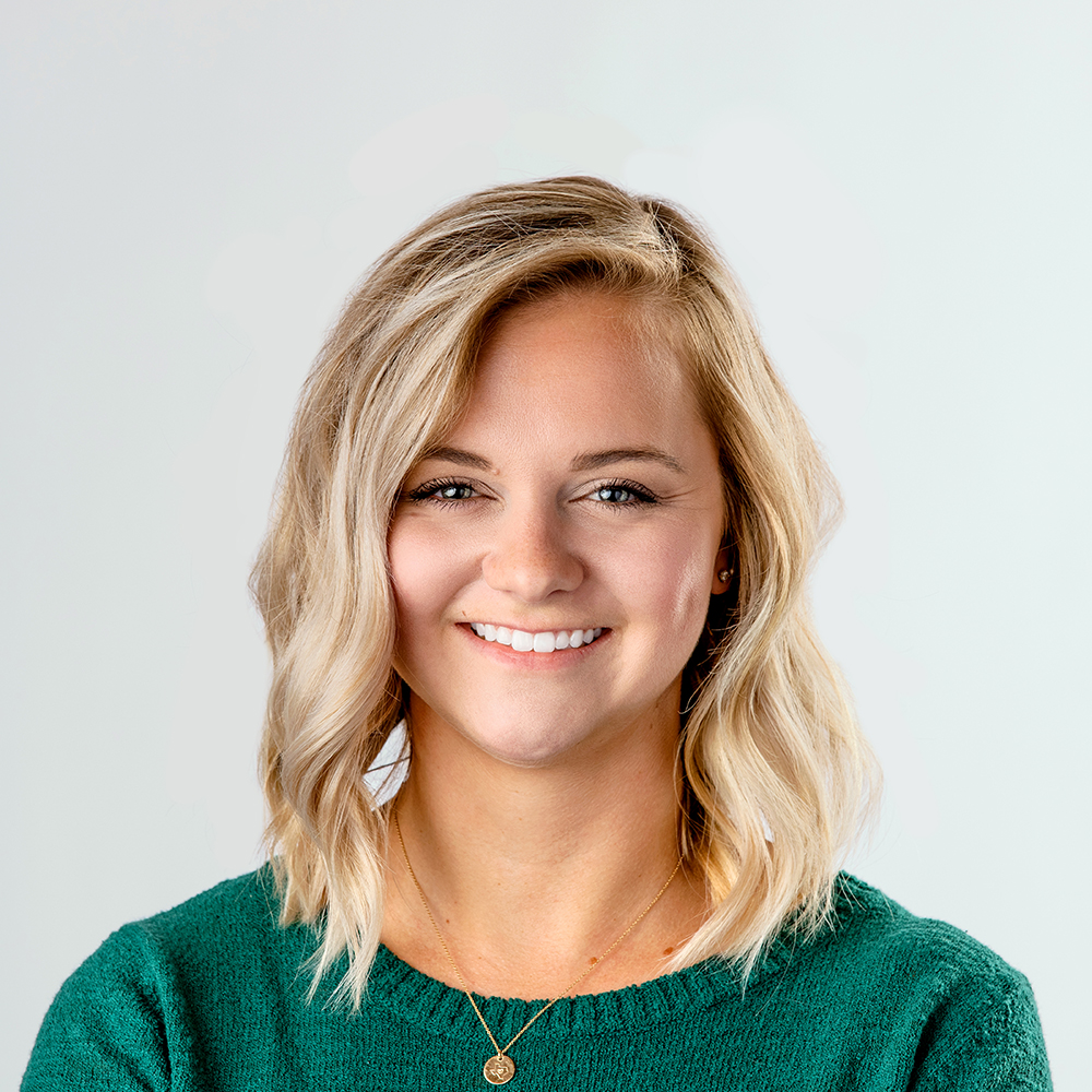 Maddie Dixon joins Balcom Agency as Account Coordinator